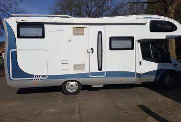 Hire a motorhome in Schwanewede from private owners  Hobby Mein Hobby