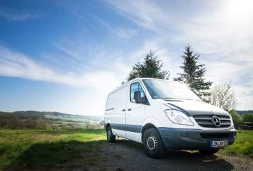 Hire a motorhome in Ehringshausen from private owners| Mercedes Benz inkognito