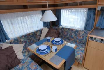 Hire a motorhome in Osterholz-Scharmbeck from private owners| Hobby Wanderer