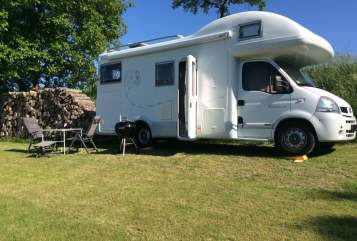 Hire a motorhome in Emmering from private owners| Mobilvetta Kimu