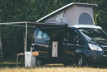 Hire a motorhome in Schöneiche bei Berlin from private owners  Ford Transit Custom  MOVOVAN CAMPER