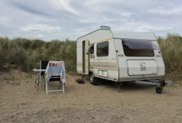 Hire a motorhome in Wermelskirchen from private owners| Knaus Svala