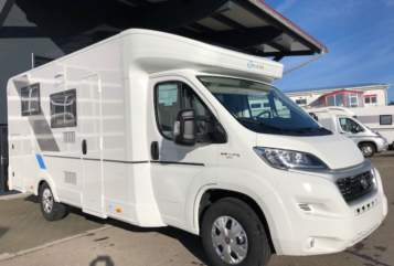 Hire a motorhome in Pettstadt from private owners| Sun Living Sunny
