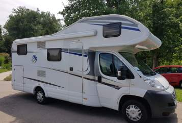 Hire a motorhome in Horgenzell from private owners| Fiat Ducato  Fred