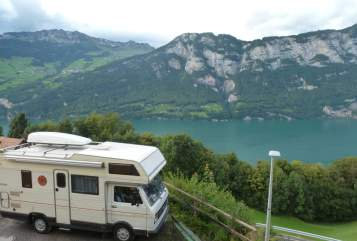 Hire a motorhome in Mönchengladbach from private owners| VW Little