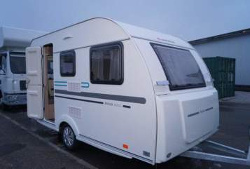 Hire a motorhome in Oberfell from private owners| Adria Adria Aviva