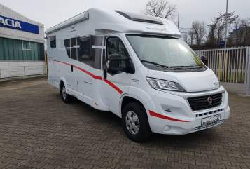 Hire a motorhome in Karlsruhe from private owners| Sunlight Summertime