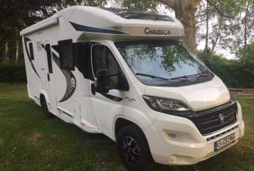 Hire a motorhome in Helsa from private owners| Chausson Leni Mobil