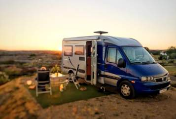 Hire a motorhome in Algermissen from private owners| Fiat Ducato Koenichblau