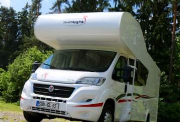 Hire a motorhome in Schrobenhausen from private owners| Fiat Ducato Glücksmobil