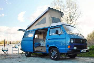 Hire a motorhome in Wedel from private owners| Volkswagen Hein