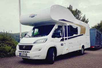Hire a motorhome in Eisenach from private owners| Fiat Carpatina 66