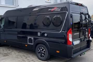 Hire a motorhome in Marbach am Neckar from private owners| Carthago Malibu 640 LE BlackVan