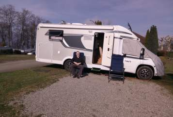 Hire a motorhome in Blaubach from private owners  Carado Mobbelchen