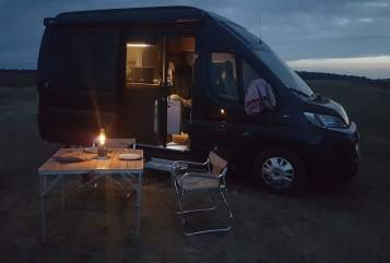 Hire a motorhome in Berlin from private owners| Hymercar  Tevje