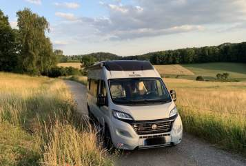 Hire a motorhome in Eisenach from private owners| VanTourer (KNAUS) Hektor