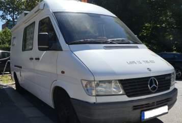 Hire a motorhome in Göttingen from private owners| Mercedes-Benz  BIBERKÖNIG!