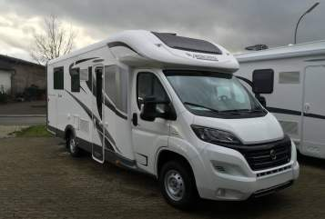 Hire a motorhome in Dickenschied from private owners| Mobilvetta  KEA P 68