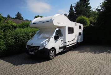 Hire a motorhome in Hürth from private owners| Rimor Trekki