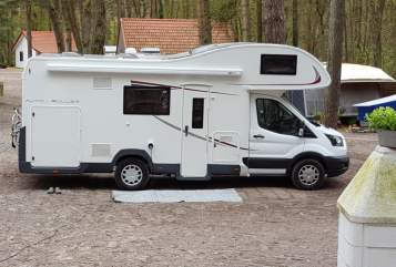 Hire a motorhome in Soest from private owners| Ford Transit  Familien Womo