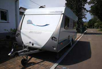 Hire a motorhome in Kirchheim unter Teck from private owners| Hymer Hymer mit Klima