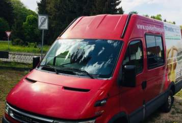 Hire a motorhome in Schwabmünchen from private owners| Iveco Winnis Camper