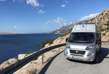 Hire a motorhome in Verl from private owners| Pössl Revolution