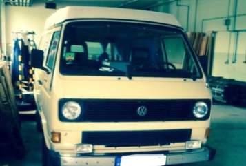 Hire a motorhome in Stöttwang from private owners| Volkswagen  Caroline