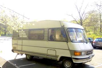 Hire a motorhome in Berlin from private owners| Hymermobil Mein lieber Freund ich zähl bis 3