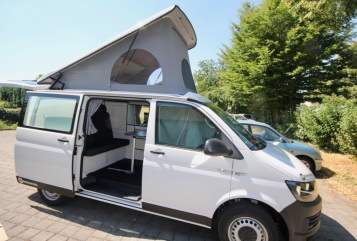 Hire a motorhome in Kalletal from private owners| Volkswagen NEU: Bummi