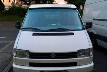 Hire a motorhome in Dortmund from private owners| Volkswagen  Harri