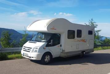 Hire a motorhome in Weilheim an der Teck from private owners| Ford Transit Old Lady