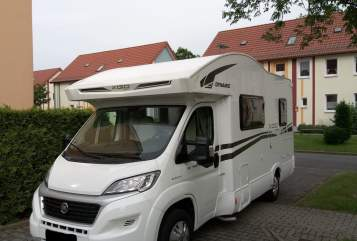 Hire a motorhome in Bielefeld from private owners| XGO (Rimor) auf Fiat Ducato Multijet 2 XGO- Brummer