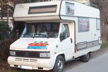 Hire a motorhome in München from private owners| Fiat Oskar