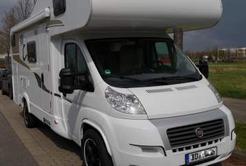 Hire a motorhome in Dresden from private owners| Carado Jack WoMo