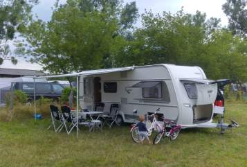 Hire a motorhome in Dallgow-Döberitz from private owners| Fendt Schneckenhaus