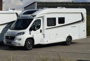 Hire a motorhome in Burgdorf from private owners| Weinsberg Holiday-Smile