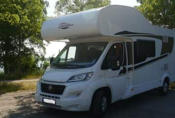 "Hire a motorhome in Hohenhorn from private owners| Carado  Carado ""Froggy"""