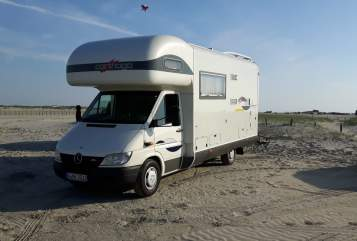 Hire a motorhome in Wuppertal from private owners| MB 316 CDI Cathy