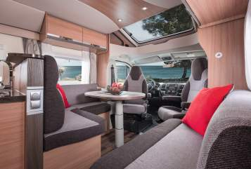 Hire a motorhome in Sömmerda from private owners| Knaus Klausi