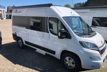 Hire a motorhome in Weißenhorn from private owners| Vantourer  VT540 (2020)