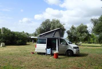 Hire a motorhome in Schwabhausen from private owners| VW Abenteurer