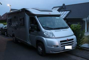 Hire a motorhome in Bergheim from private owners| Bürstner Pearl