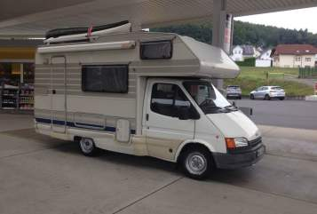 Hire a motorhome in Frankfurt am Main from private owners| Ford Fluchtfahrzeug