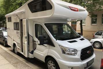 Hire a motorhome in Halle (Saale) from private owners| Ford  Farin