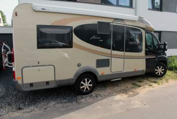 Hire a motorhome in Aachen from private owners| Bürstner Öcher Wohnmobil