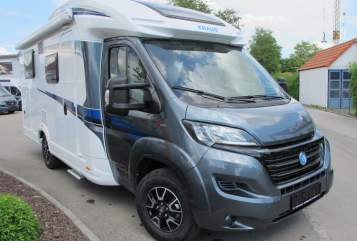 Hire a motorhome in Weihmichl from private owners| Knaus Wavy