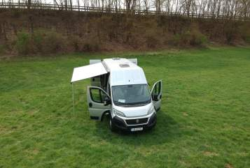 Hire a motorhome in Limburg an der Lahn from private owners| Weinsberg  Sebastian