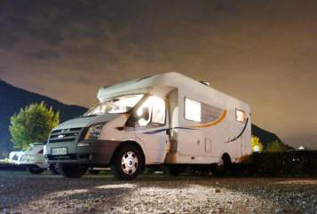 Hire a motorhome in Hörselberg-Hainich from private owners| Ford Camper Nr.1