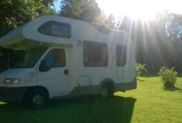 Hire a motorhome in Neuried from private owners| Fiat Toni